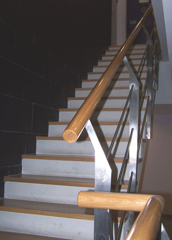 Garibai aroztegia s l escaleras y barandillas 27 - Escaleras y barandillas ...