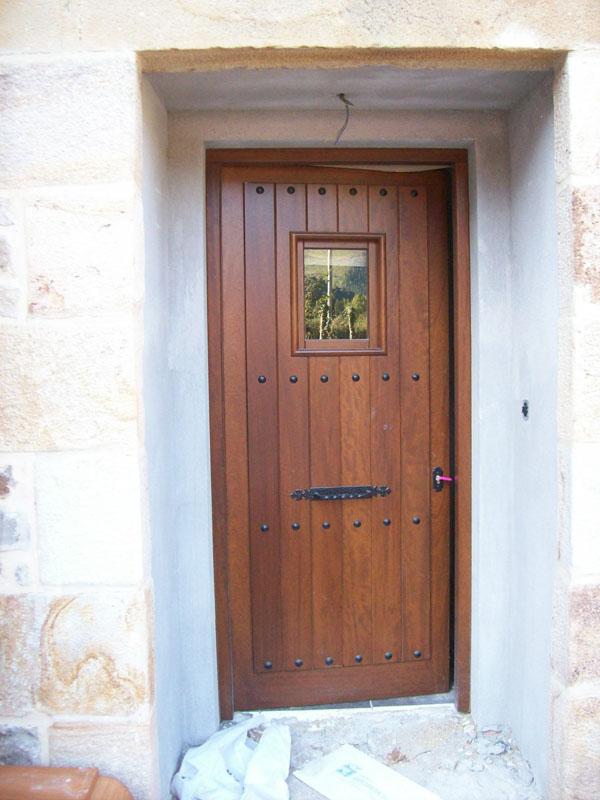 Puerta exterior garibai aroztegia 2016 19 garibai for Puerta 19 benito villamarin